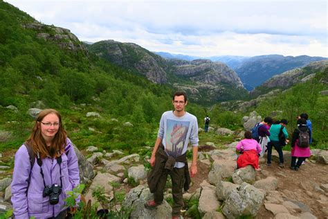 Hike to Pulpit Rock | Travel Hacker Girl - A blog for