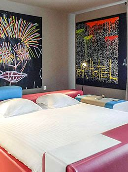 Room 2113   Chambre d'artistes   New Hotel of Marseille