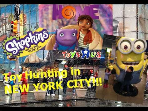 TOYS-R-US in NEW YORK CITY! Toy Hunting SHOPKINS, PIXAR
