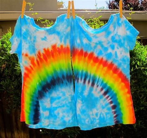 Beginner's Guide How to Tie Dye Hearts, Rainbows and