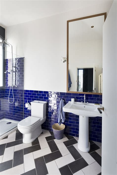 Colorful Bathroom Tiles are Coming back?